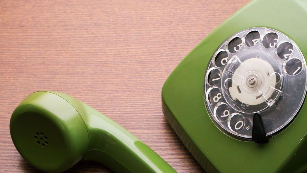 Mayores contra el coronavirus: guía telefónica imprescindible por comunidades autónomas