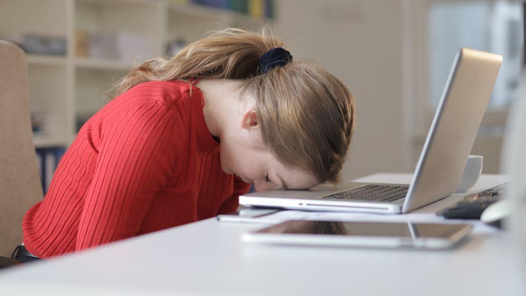 """Teletrabajo y deberes con los hijos: """"Estoy desquiciada y solo llevamos dos días"""""""