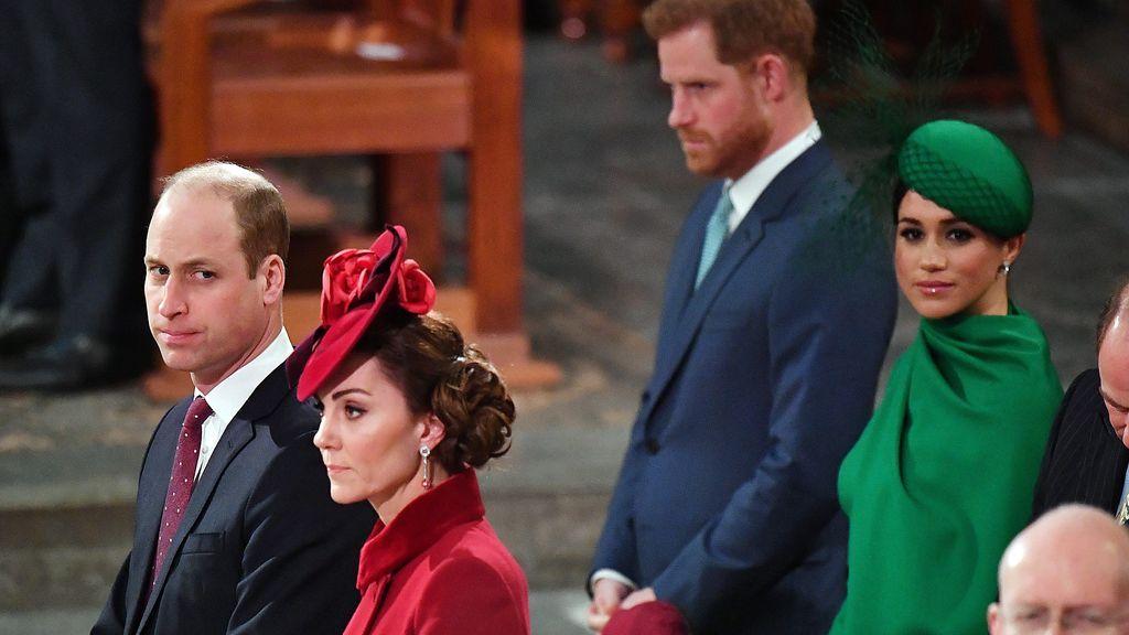 """La última conversación de Meghan y Harry con los duques de Cambridge: """"Todo esto del apretón de manos es extraño"""""""
