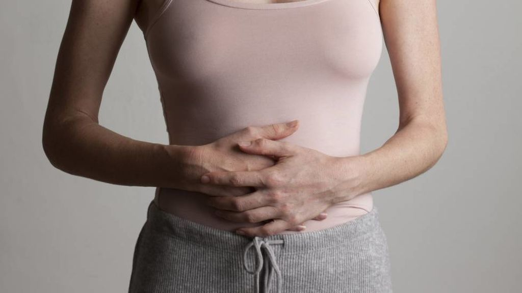 La endometriosis produce dolor pélvico.