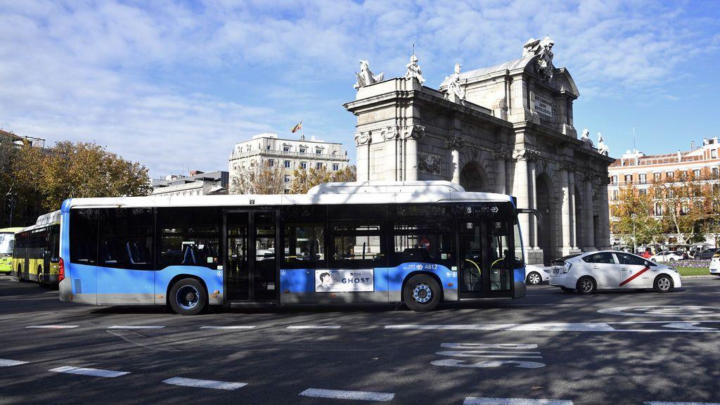 El estado de alarma deja al  transporte público con un 50% menos de servicio