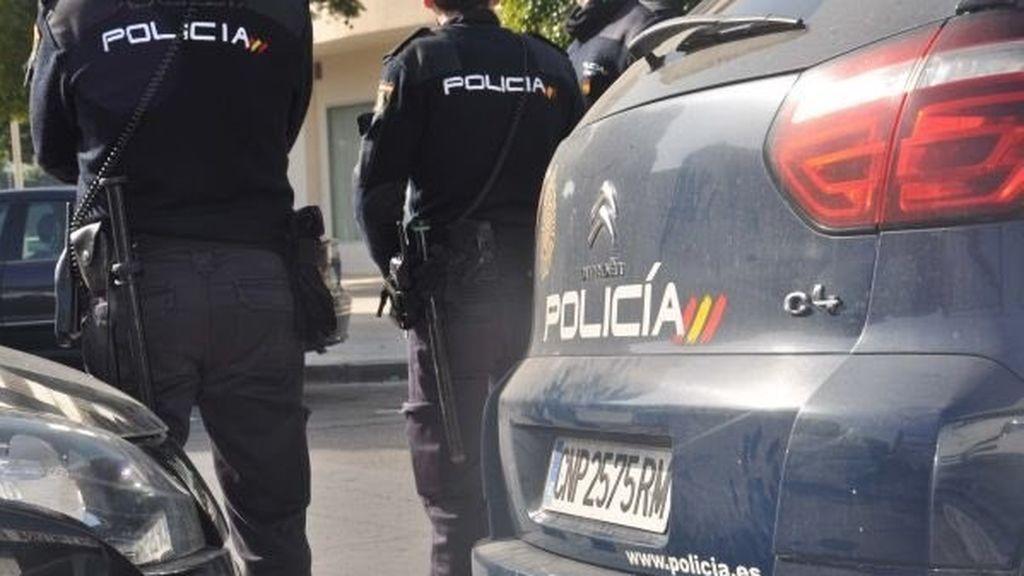 Detenido un ciclista por atropellar a un policía y saltarse un alto en Almería