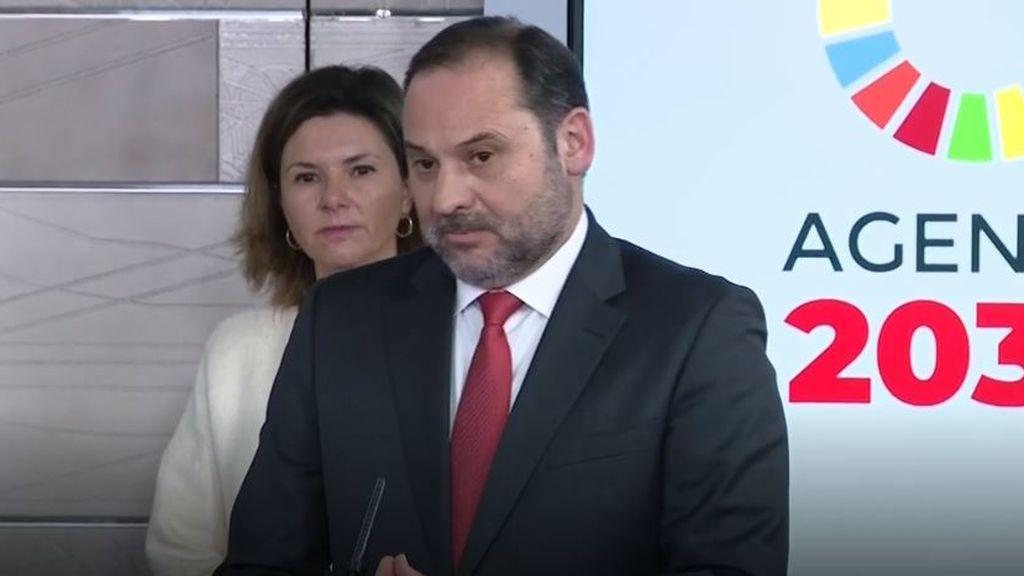 El ministro de Transporte durante su comparecencia