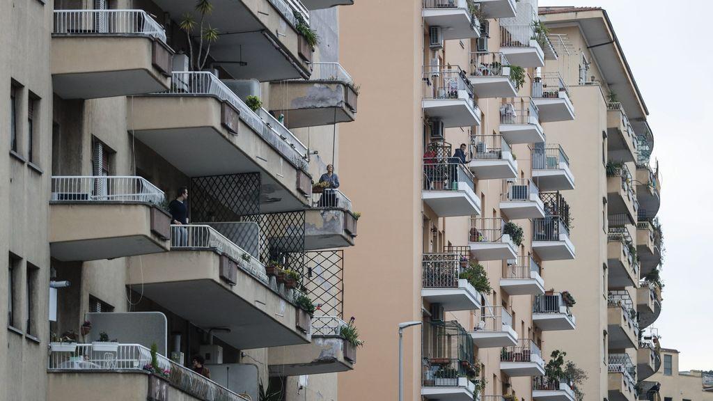 Un balcón para quererse durante la cuarentena
