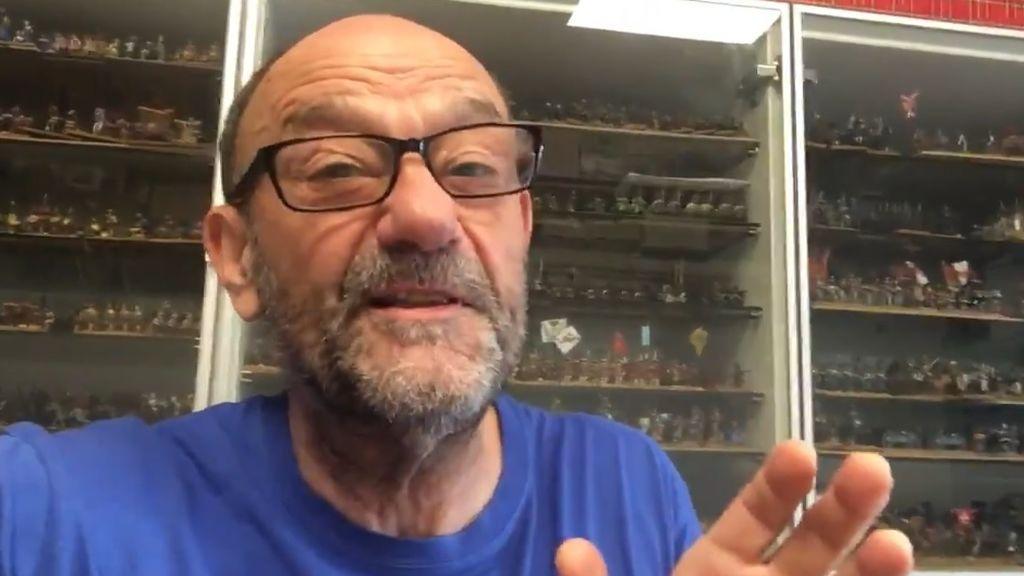 Javier Cansado, contra el virus: lía una batalla de romanos en Twitter y se le unen miles de fans