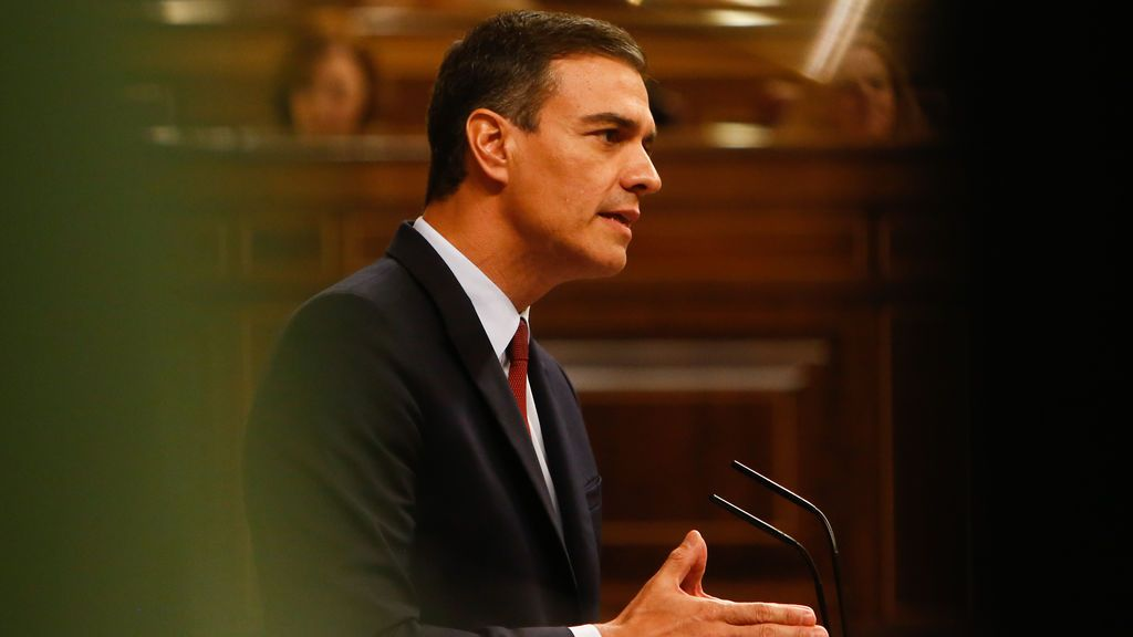 Pedro Sánchez en la tribuna del Congreso de los Diputados