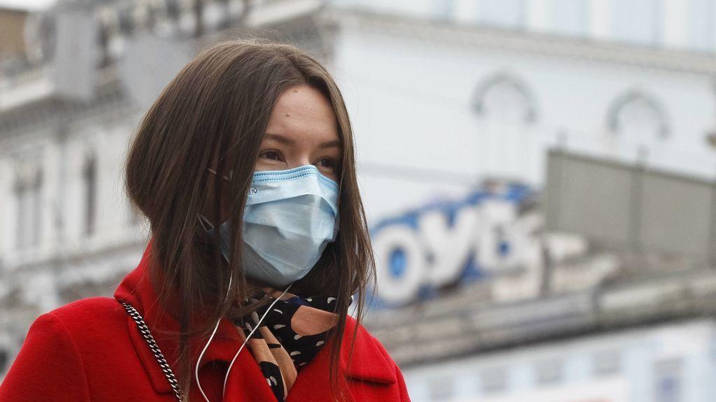 Viene calima: diferencias entre los problemas respiratorios por el polvo en suspensión y el coronavirus