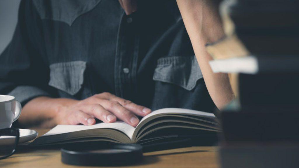 Durante este tiempo en casa habrá tiempo para leer.