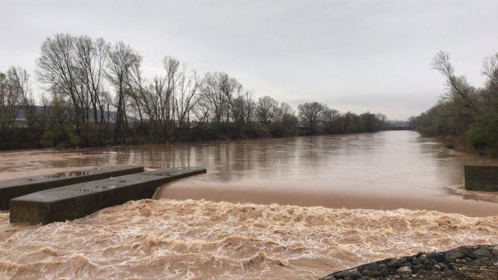 Adiós, nieve: los ríos se llenan por el deshielo que deja el ascenso de los termómetros