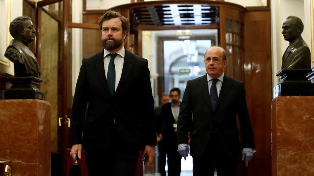 """Vox ofrece a Sánchez """"remar juntos"""" contra el coronavirus pero pide el cese de Calvo e Iglesias"""