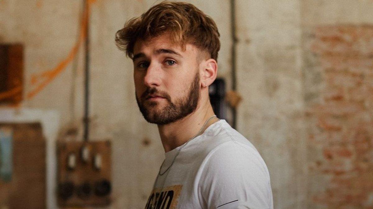 Quién es Dani Fernández, el ex de Auryn que sorprende con su canciones íntimas