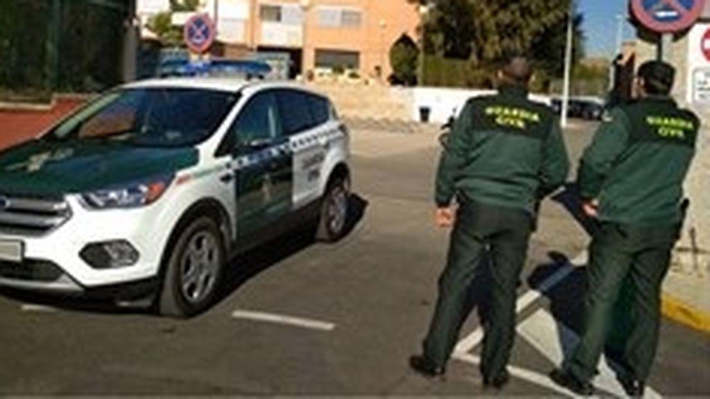 """La Guardia Civil advierte: """"Los delitos bajan a la mitad  pero hay que tener cuidado con el cibercriben"""""""