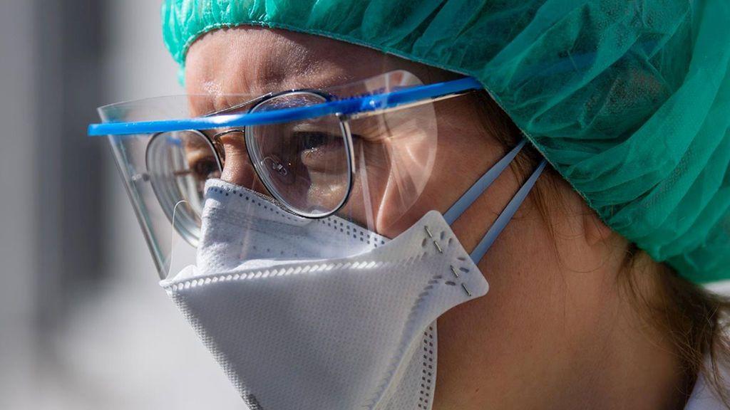 Un médico confunde sus síntomas de coronavirus con un resfriado: esta es su advertencia