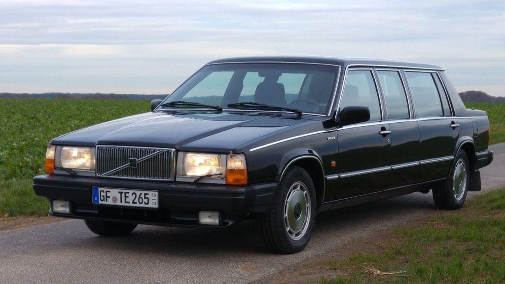 Uno de los coches de la marca sueca Volvo de la asociación de Mahlke.