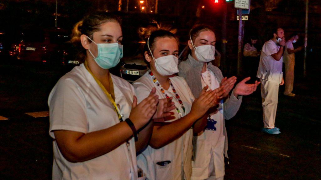 Noveno día de aplausos para los profesionales sanitarios que luchan frente al coronavirus