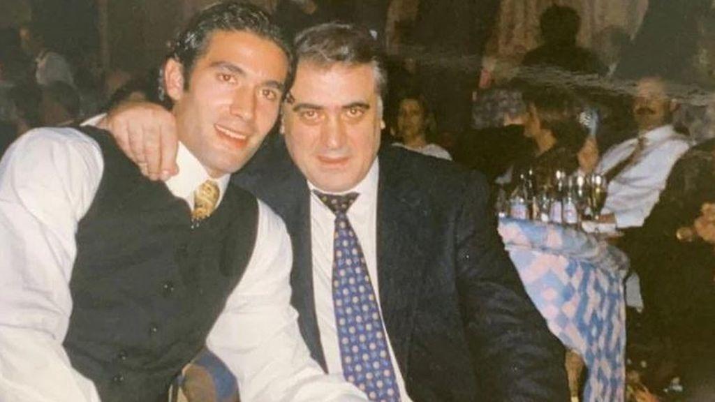 """El mensaje más triste de Fernando Sanz, tras perder a su padre por coronavirus """"No se merecía morir tan solo"""""""