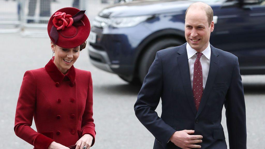 El príncipe Guillermo 'ensaya' su reinado obligado por el coronavirus