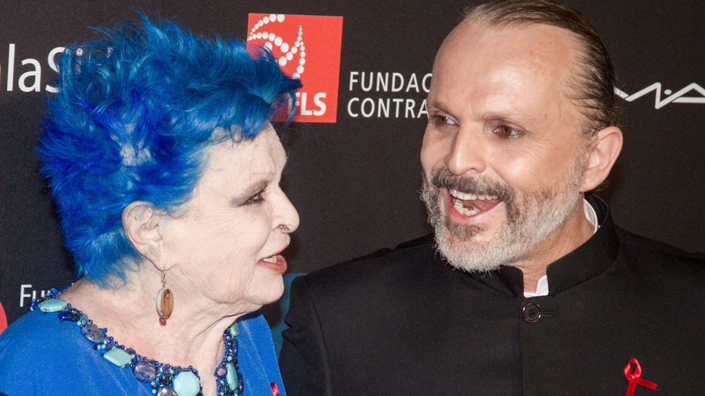 Lucía Bosé, con su hijo Miguel Bosé