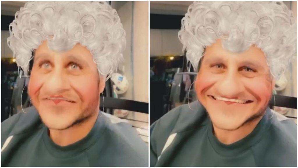 """Joaquín, con un 'filtro de abuela', es entrevistado por su mujer y es un parar de reír: """"Siento una sensación de agobio"""""""