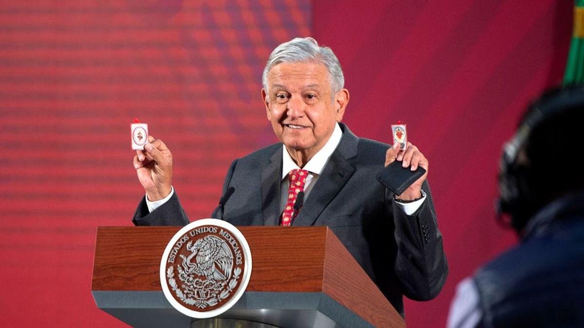 "López Obrador anima a los mexicanos ""a salir a comer"" y a ""no panicar"""