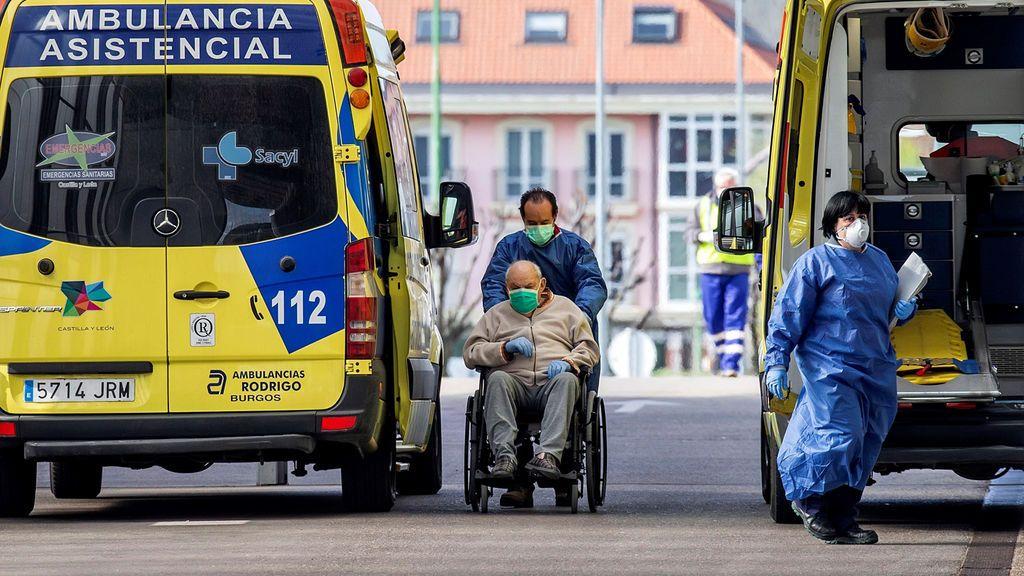 """Italia espera haber llegado al pico de contagios mientras España enfrenta """"los días más duros"""""""