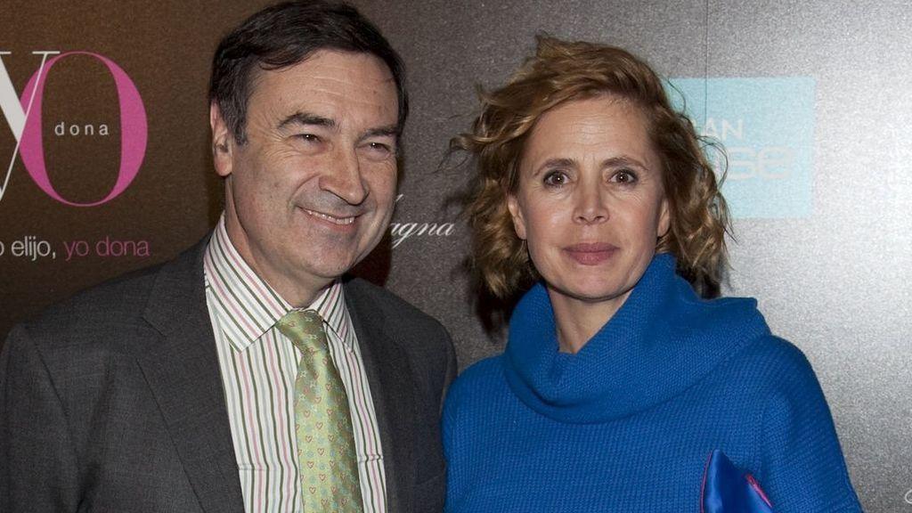 Pedro J. Ramírez y Ágatha Ruiz de la Prada, en la fiesta de la revista Yo Donna (2011)