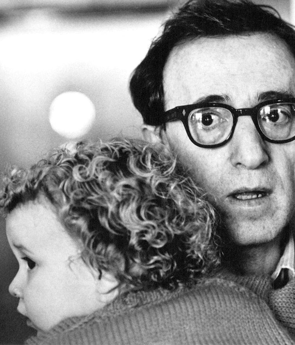 Woody Allen y la hija adoptiva de Mia Farrow, Dylan