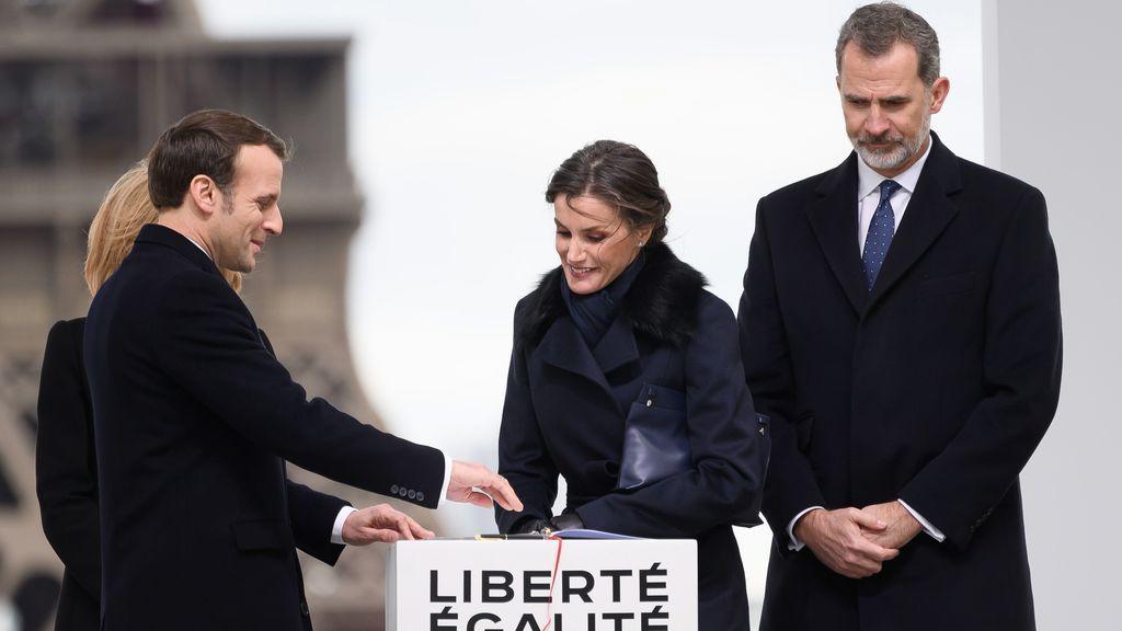 El viaje oficial de los reyes a Francia