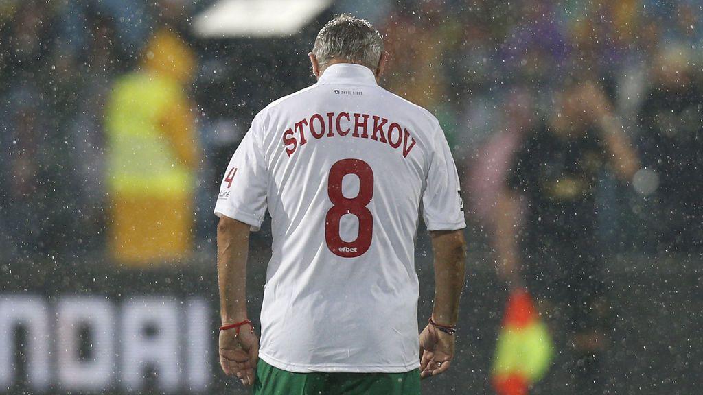 """El remedio de Stoichkov para luchar contra el coronavirus: """"Bebo agua caliente y como ajo"""""""