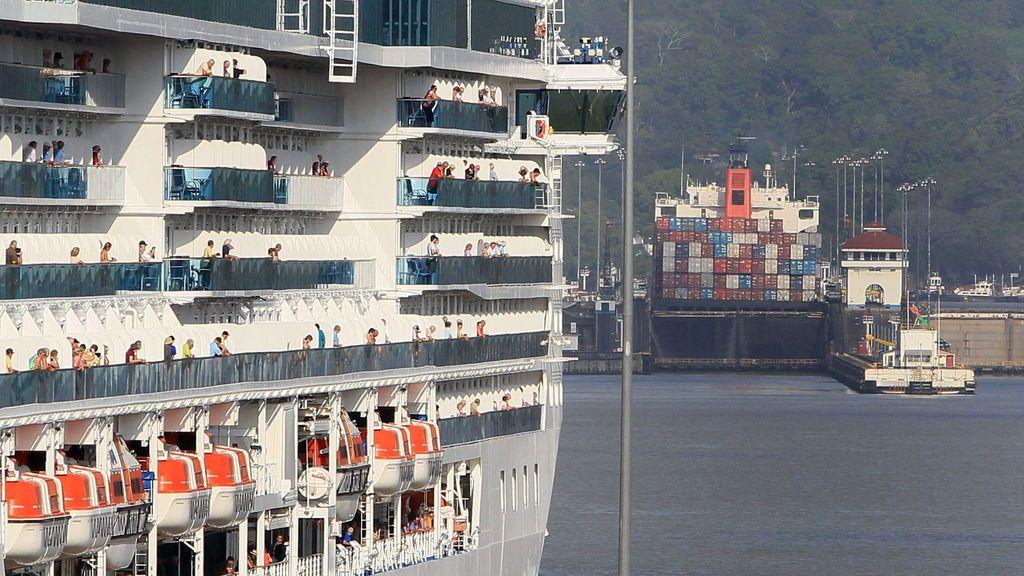 Un crucero deambula por el Pacífico con 77 personas con síntomas de coronavirus: se dirige a Florida