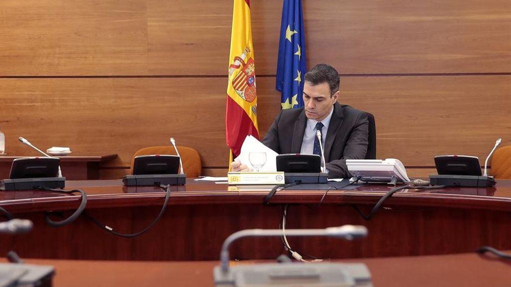 Pedro Sánchez preside la reunión del Gabinete del Seguimiento del Estado de Alarma