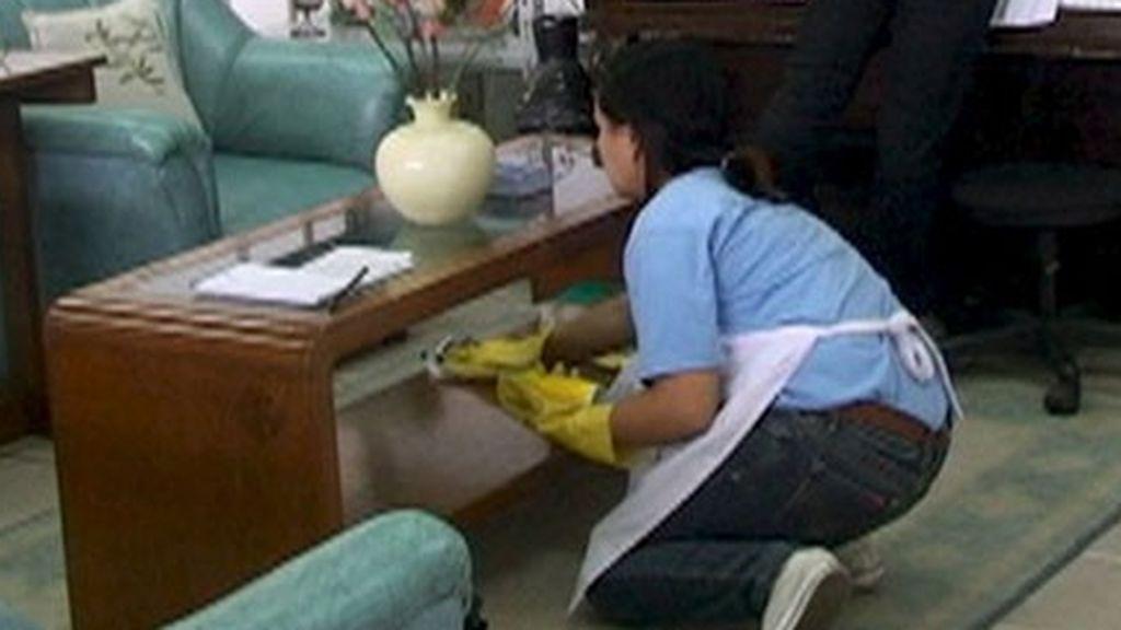 El Gobierno ultima una ayuda económica para las empleadas de hogar en paro por el coronavirus