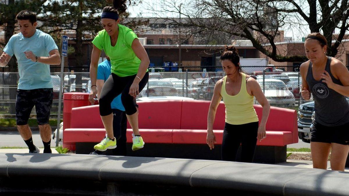 Tipos de rutinas de crossfit para hacer en casa: qué es AFAP y ejercicios