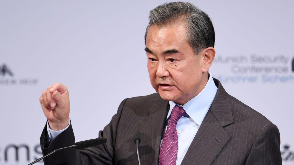 China suspenderá el sábado la entrada de extranjeros, incluso con visado o permiso de residencia