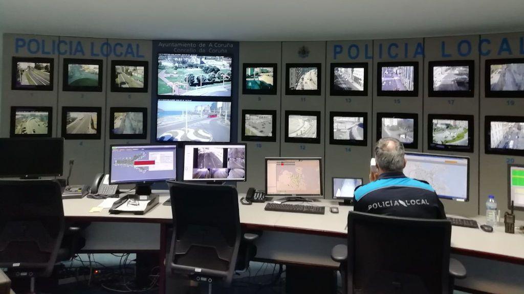 Las cámaras de tráfico de A Coruña vigilan a los peatones que incumplen el confinamiento