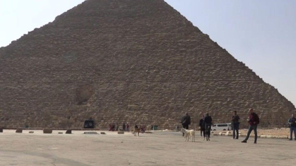 Desinfección de las pirámides de Egipto