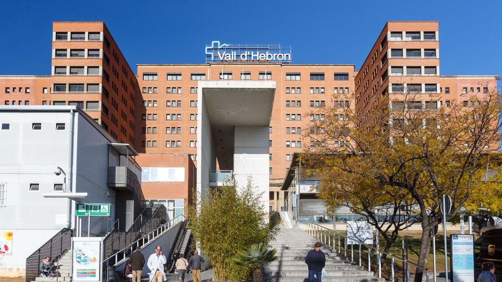 El hospital Vall d'Hebron prohíbe todas las visitas de familiares excepto en enfermos terminales