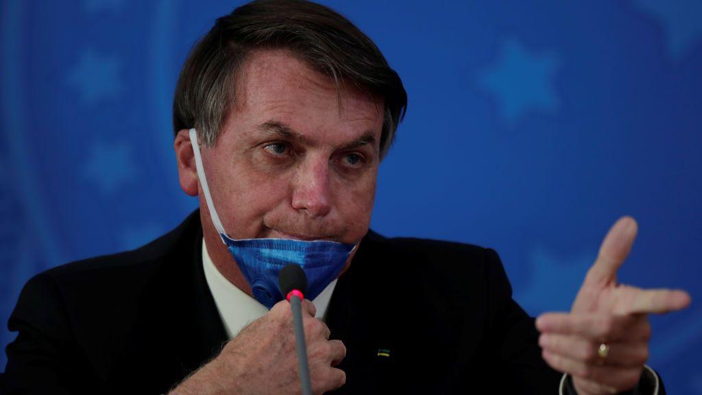 """Bolsonaro: el brasileño """"no se contagia pues bucea en alcantarillas y no pasa nada"""""""