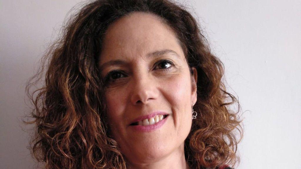 Ángeles Franqueira lleva trabajando casi 30 años como psicóloga en A Coruña