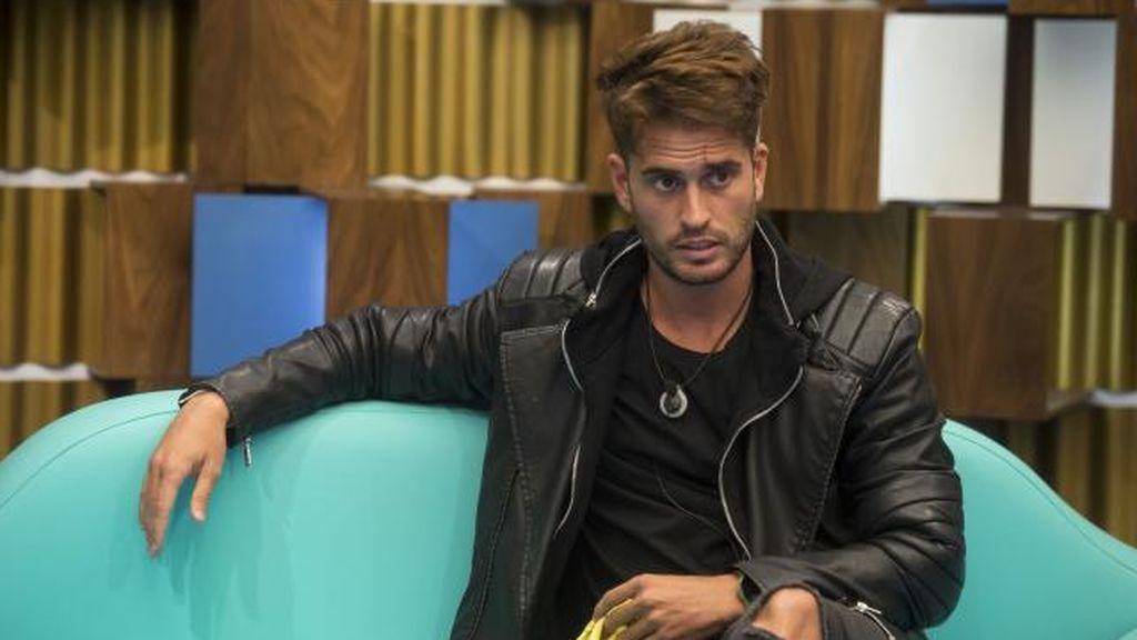 """Rodri 'GH 17', el causante de la ruptura de Gianmarco y Adara: """"Le pilló mensajes con él en su móvil"""""""
