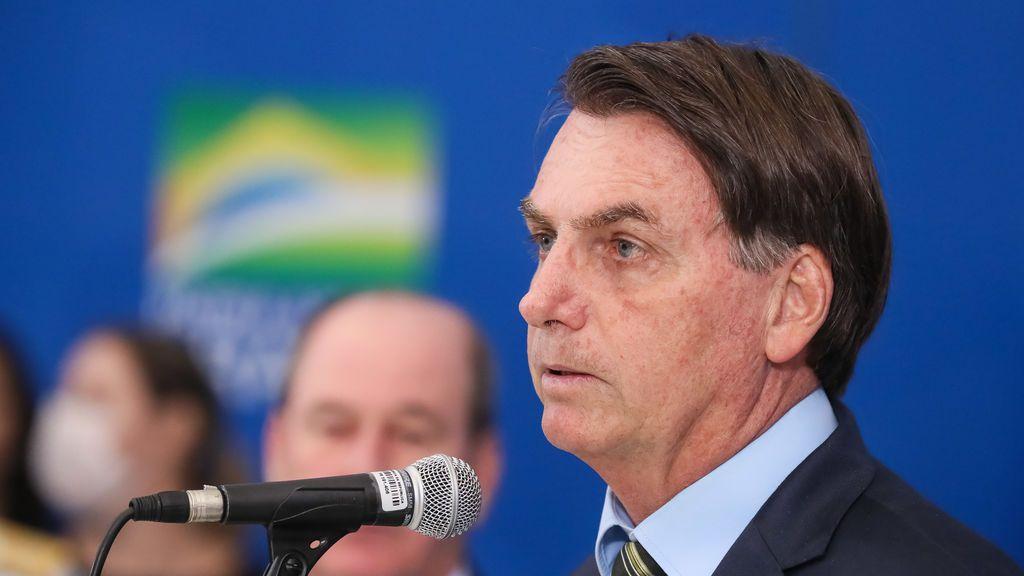 """Bolsonaro asegura que las muertes en Italia """"no tienen nada que ver con el coronavirus"""""""