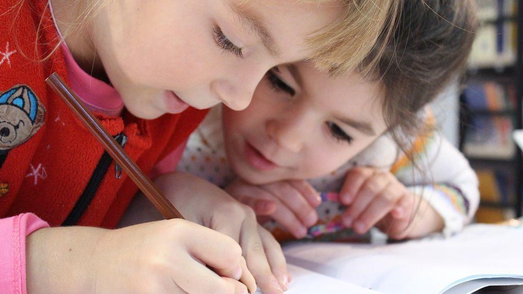 niños-deberes-pixabay