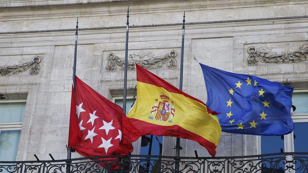 Ayuso declara el luto en la Comunidad de Madrid por los fallecidos por coronavirus