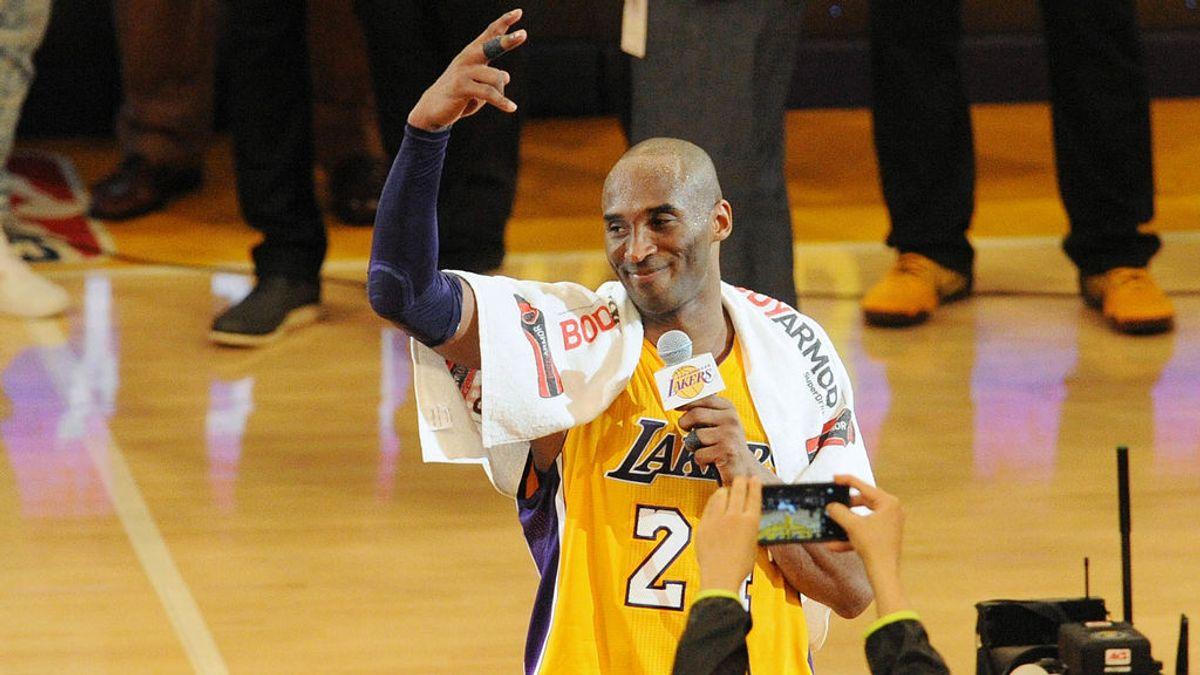 Subastan la toalla que utilizó Kobe Bryant en su último partido en la NBA por  30.000 euros