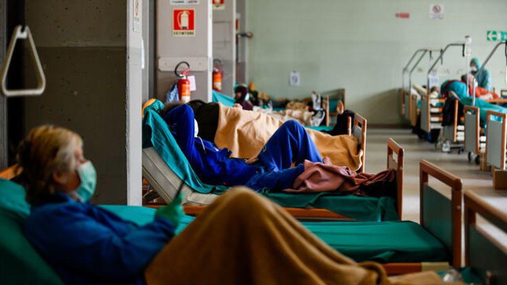 Sanidad baraja el posible traslado de pacientes con COVID-19 entre comunidades