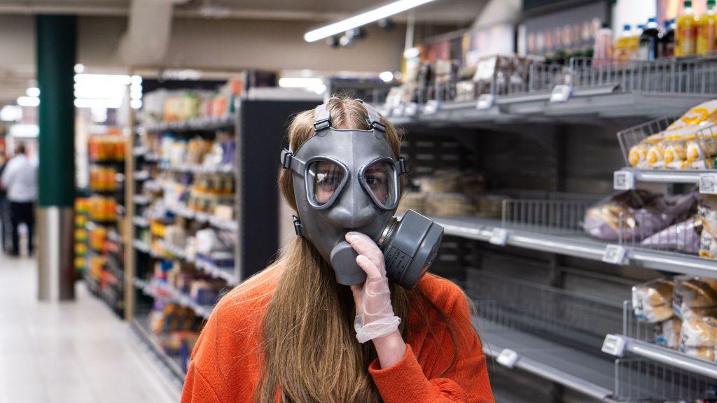 """""""Cuando voy al supermercado me dan ataques de pánico"""": cómo es la fobia al contacto en plena cuarentena"""