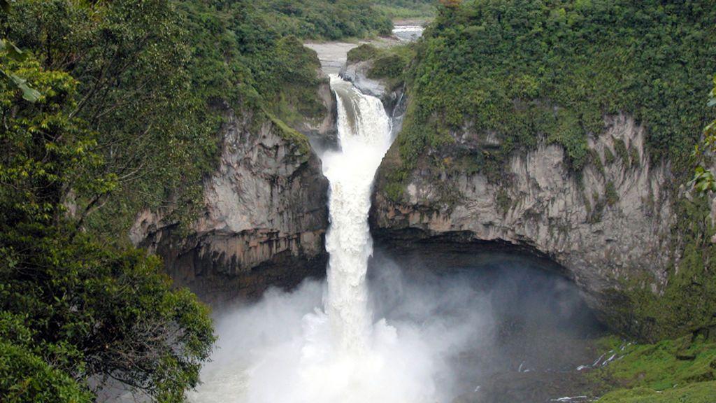 La cascada más alta de Ecuador desaparece por un agujero: los expertos investigan el motivo
