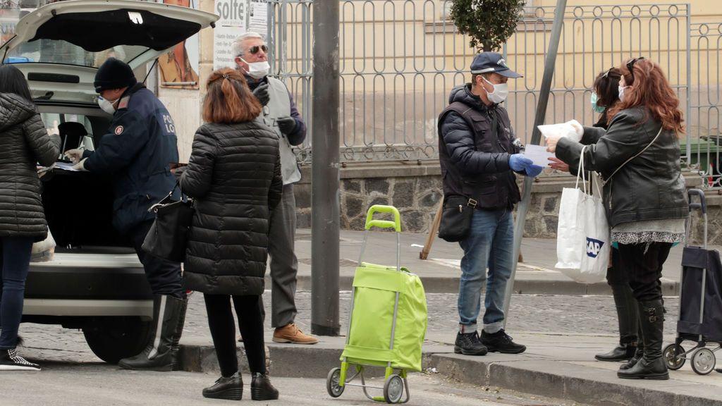 Italia teme revueltas sociales y la irrupción de la mafia en el sur del país