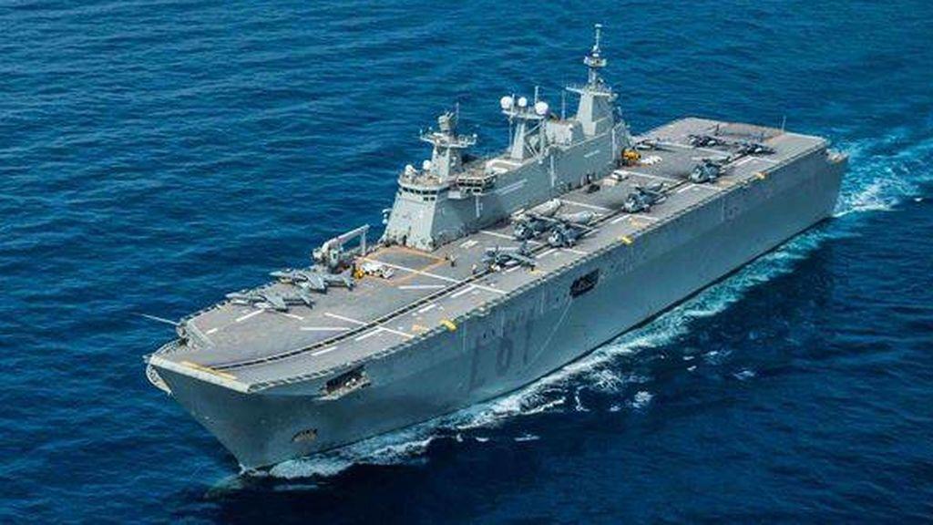 Cinco buques del Ejército preparados para descongestionar las UCI por el coronavirus