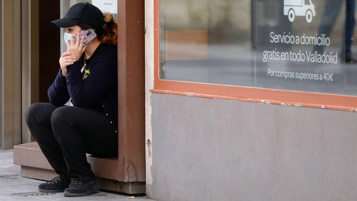 Sanidad y psicólogos activan un teléfono de apoyo a afectados por la COVID-19